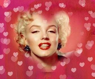 Cuore cornice foto da mettere la tua immagine in background. Sfondo rosa con molti cuori. Ideale per gli amanti.