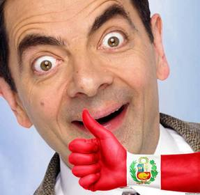 La tua foto con una mano con il pollice alto e la bandiera del Perù dipinto Carica