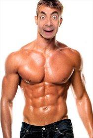 Fotomontaggio di un uomo muscoloso e forte per dare un volto.