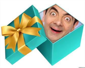 Inserisci la tua foto allinterno di un regalo aperto con questo assemblaggio online