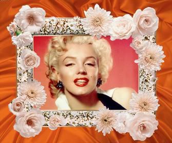 Photo frame con fiori bianchi e un tessuto