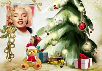 Fotomontaggio di Natale con un albero di Natale e lorso.