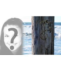 Mettere la foto che si desidera accanto a un albero in cui vi è intagliato un cuore. Ideale per una cartolina