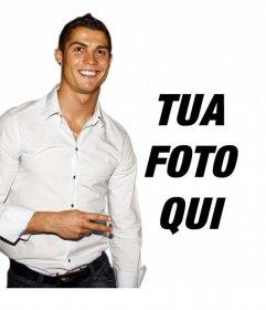 Fotomontaggio di mettere la tua foto accanto a Cristiano Ronaldo