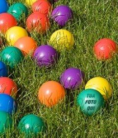 Gioco con le immagini: trovare il tuo volto su una delle palline colorate