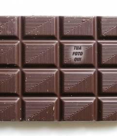 Metti la tua foto su una tavoletta di cioccolato a trovare i suoi amici giocano e personalizzare con il testo