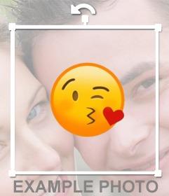 Adesivo per incollare il bacio emoticon sulle foto per
