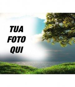 Fotomontaggio con un paesaggio con il mare sullo sfondo e un albero in campo verde dove è possibile caricare una foto che apparirà integrato con lazzurro del cielo.