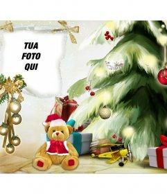 Fotomontaggio di Natale con un albero di Natale e lorso