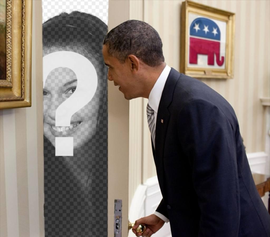 Fotomontaggio di Barack Obama, in cui la tua foto compare dietro la porta che si apre