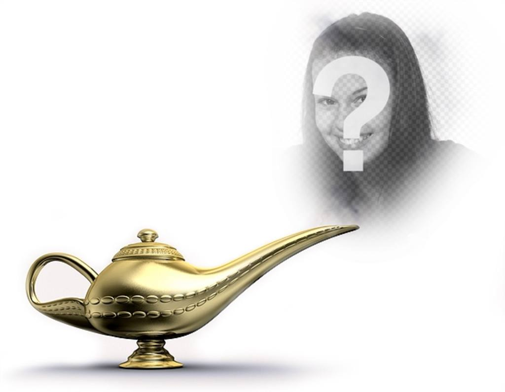 Fotomontaggio con una lampada magica dorata che emette fumo, dove potrete mettere la vostra immagine e diventare il genio