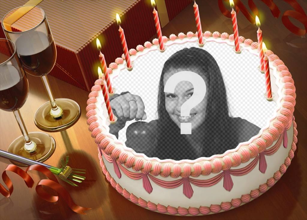 Metti la tua foto su una torta di compleanno con questo montaggio online