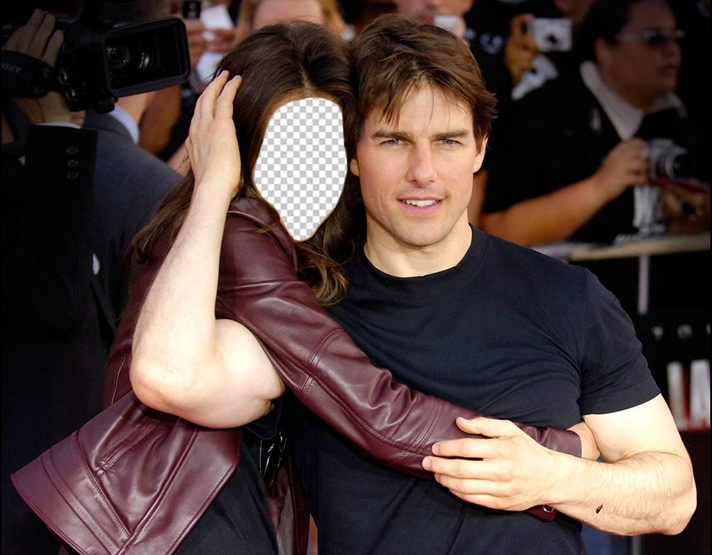 Fotomontaggio per modificare e posa abbracciando lattore Tom Cruise